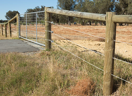 PERMAPoles used in a Rural Fence